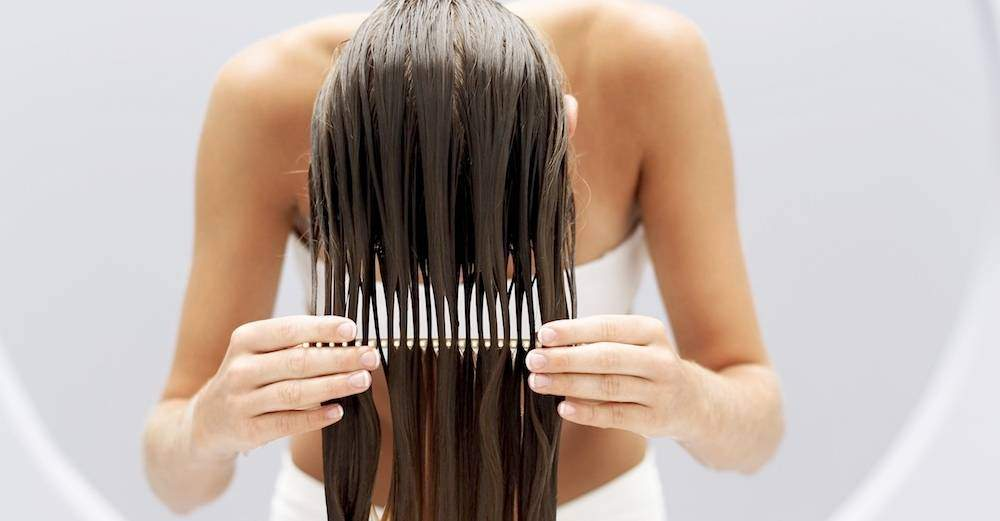 Maschera-nutriente-per-capelli-fai-da-te-1