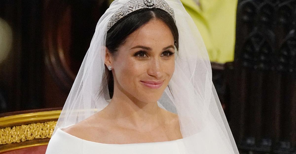 Noivas Os 8 Vestidos Mais Lindos Da História Amigaironica