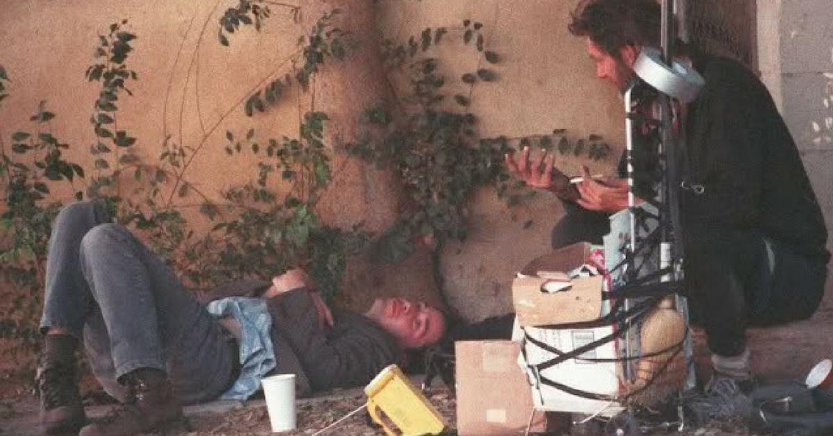 Keanu Reeves com mendigo
