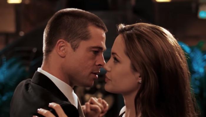 Sr. e Sra. Smith beijo